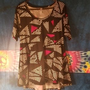 Lularoe flowy top...never worn